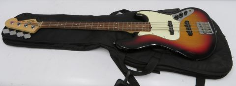 Fender Jazz Bass bass guitar with case. Serial number: Z7026118.