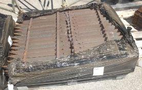 434x Metal Angle Fence Posts 600mm Long