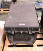 Peli 1660 Case L800 x W600 x H500mm.
