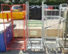 3x Roll cages