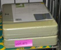Lot 873 Image