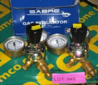2x Sabre Gas Regulators