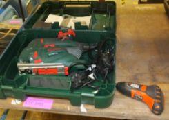 Bosch PST 900 PEL jigsaw, Black and Decker screwdriver