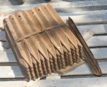 54x Metal Angle Fence Posts 600mm Long