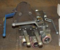 5x Lever valve assemblies