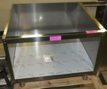 Stainless Steel Stand W800 x D765 x H590mm.