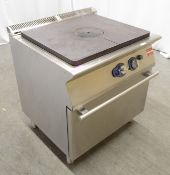 Electrolux solid top range oven, natural gas