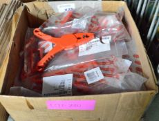 28x Facom insulated clamps