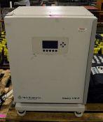 New Brunswick Galaxy 170R environmental chamber