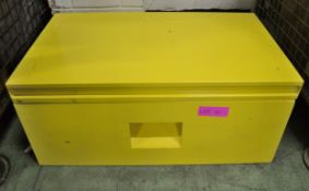 Metal Storage / Tool box - 820 x 485 x 360