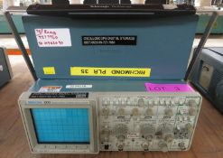 Tektronix 2232 100MHz digital storage oscilloscope