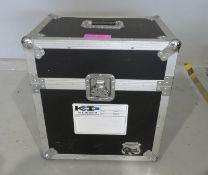 Flightcase. Dimensions: 51x36x55cm (LxDxH)