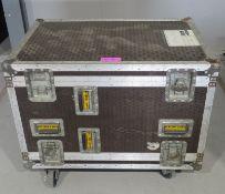 Rack Flightcase with rear vents. Dimensions: 92x60x76cm (LxDxH)