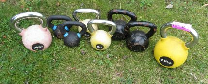 8 Kettle Bells Sizes Range From 6kg - 20kg Weights Included: 2x 6kg, 2x 8kg, 2x 14kg, 1x 1