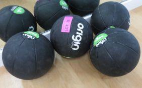 4x Origin Medicine Balls 4x 4kg.