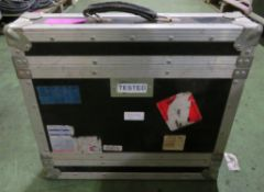 2U Flight case with Handle L520xW120xH520mm.