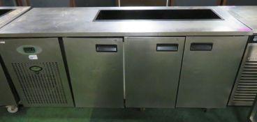 Fosters undercounter fridge - 3 door