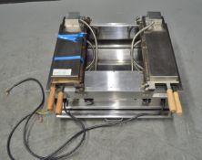 Taiyaki Fish Waffle Maker Machine - FY-1102a - 220v