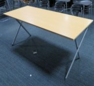 5x Wooden Top Folding Desk. Dimensions: 1400x600x720mm (LxDxH)