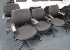 6x Humanscale Freedom Task Office Swivel Chairs. Varying Condition.