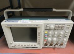 Tektronix TDS 3054B Four Channel Color Digital Phosphor Oscilloscope 500MHz 5GS/s (No Powe