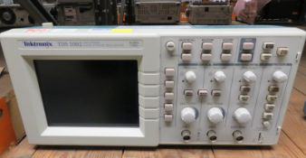 Tektronix TDS 1002 Two Channel Digital Storage Oscilloscope - 60MHz 1GS/s (No Power Cable)