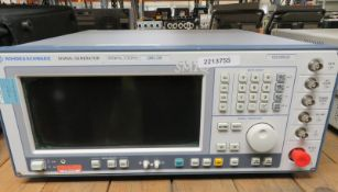 Rohde & Schwarz SMIQ 03B Signal Generator 300kHz - 3.3GHz (No Power Cable)