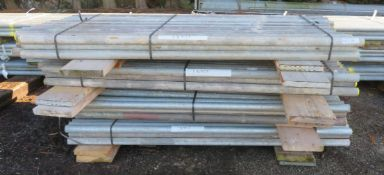 200x 6ft Galvanised Steel Scaffolding Poles 48mm Diameter x 4mm Thick.