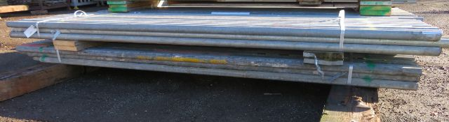 100x 10ft Galvanised Steel Scaffolding Poles 48mm Diameter x 4mm Thick.