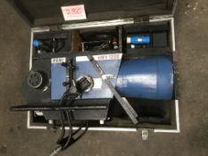 Pani 1202 – 1200w long throw followspot in flightcase