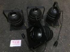 4x PAR64 short nose with CP88 lamp
