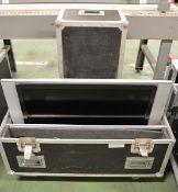LG RZ-32LZ55 TV in Flight Case - L1000 x D430mm