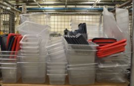 Plastic tubs and trays - various sizes