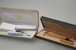 A Ferrari da Varese sterling silver fountain pen, with ribbed body, and 14k gold nib, cased with