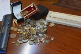 A mixed lot of white metal jewellery, coins, costume jewellery and watches (a lot)