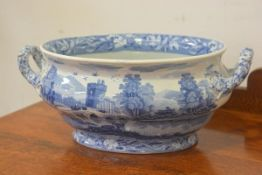 A Spode Italian Tower pattern oval two handled tureen with transfer printed decoration (w. 38cm), £2