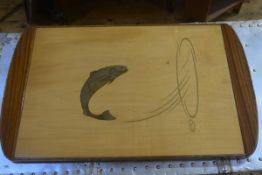 A 1950s satinwood and walnut tray with inlaid salmon leaping, with upswept handles to side (h. 3cm x