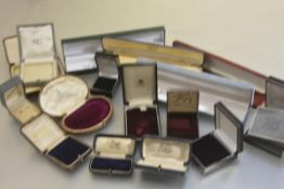 A collection of various jewellery boxes including vintage velvet lined boxes, ring boxes etc. (a