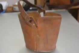 A Norris, Cleghorn, Edinburgh 1920s/30s grained leather bucket style bag with original loop handle