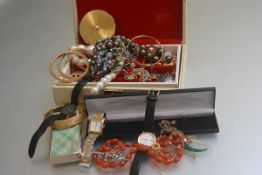 A jewellery box containing miscellaneous costume jewellery including paste pearls, a gentleman's