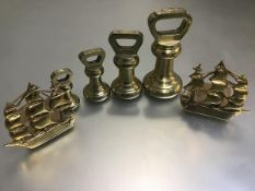 A set of four W&T Avery Ltd. 19thc brass kitchen scales including 7lb, 4lb, 2lb and 1lb and a pair