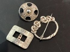 A mixed lot of Scottish silver jewellery including a circular Celtic brooch, hallmarked Iona, a