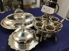 A collection of silver plate, including an oval entree dish with detachable handle (15cm x 30cm x
