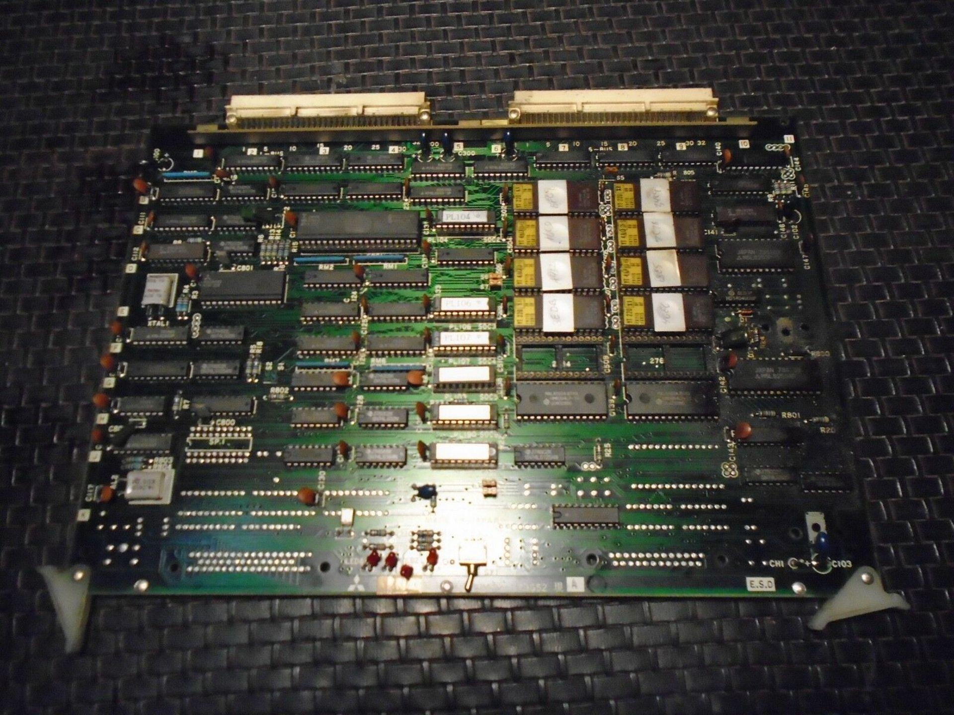 Mitsubishi BN624A673 G52 Servo Board