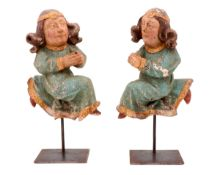 A PAIR OF 16TH CENTURY ANGELS A pair of wood sculptures, polychrome and gilt decoration. Europe,