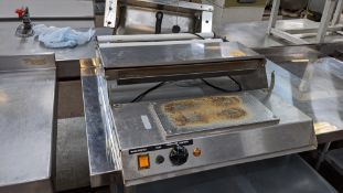 Benchtop heat seal machine