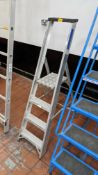 Folding ladders with tall top handle, 150kg max load, 0.81m max working height, overall max height c