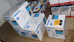 Philips Myliving spotlights comprising 1 off white single bulb fitting & 3 off white twin bulb fitti