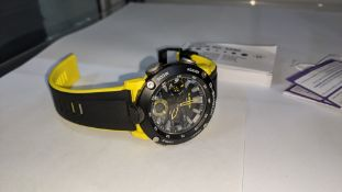 Casio G-Shock combination analogue/digital watch model 5590, GA-2000