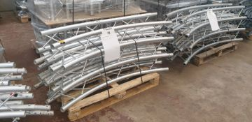 "Optikinetics Trilite 200 Series 2"" aluminium tube truss system in silver"